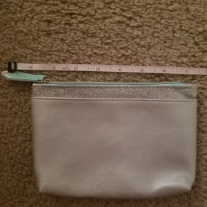 Ipsy cosmetic bag